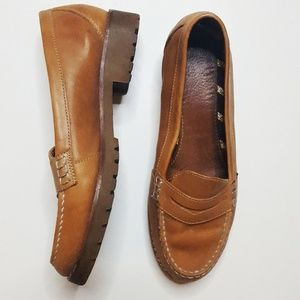 Sperry Heeled Tan Leather Loader Shoe